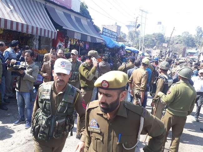 जम्मू बस स्टैंड पर धमाका, एक की मौत, 33 घायल