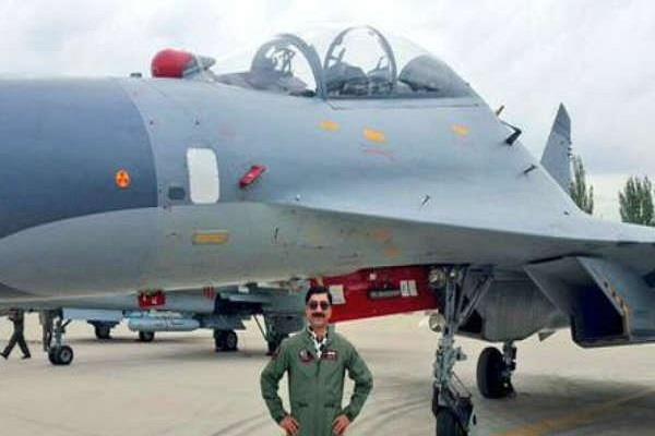 पाकिस्तानियों ने अपने ही पायलट को पीट-पीट कर मार डाला, दरिंदगी की इतेहां