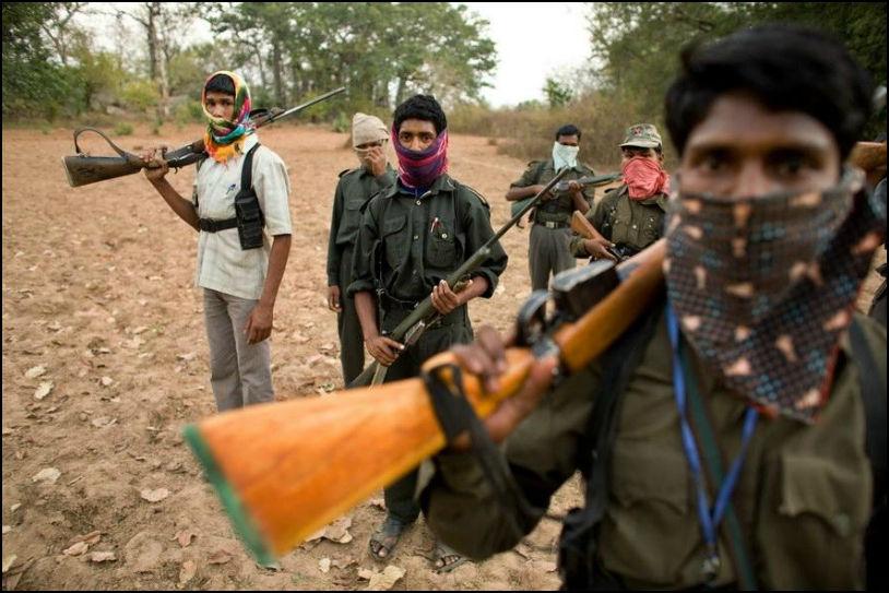 naxal, naxalite, naxalism, naxalism in india, pradeep singh chero, jharkhand, latehar, naxali, kundan pahan, nakul yadav, gun, police, jharkhand police