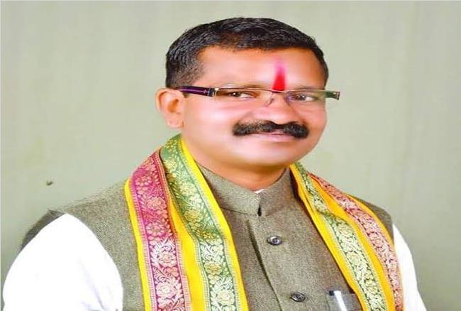 BJP MLA Bheema Mandavi, Bheema Mandavi killed in naxal attack in Dantewada, भाजपा विधायक भीमा मंडावी, BJP MLA Bhima Mandavi, Dantewada naxal attack, bastar naxal attack, bastar loksabha election 2019