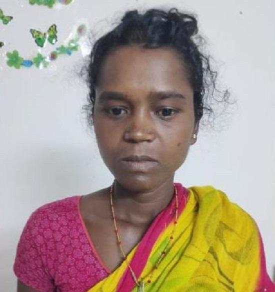 पुलिस के हत्थे चढ़ी 5 लाख की इनामी महिला नक्सली, कई हिंसक वारदातों को दे चुकी है अंजाम