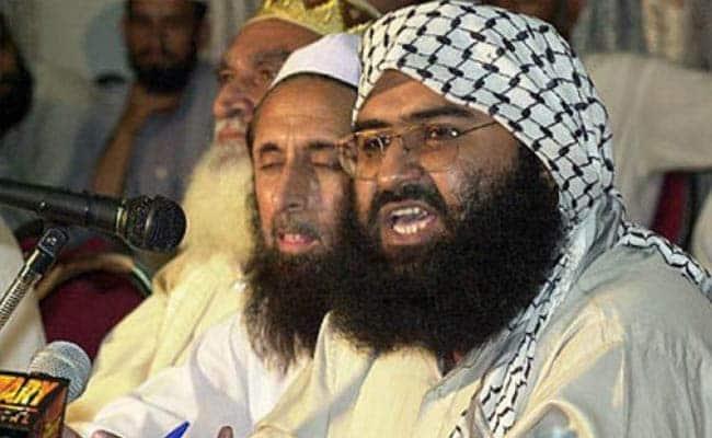 पाकिस्तान सरकार को कोर्ट ने लगाई लताड़, कहा- आतंकी मसूद को 18 जनवरी तक गिरफ्तार करो