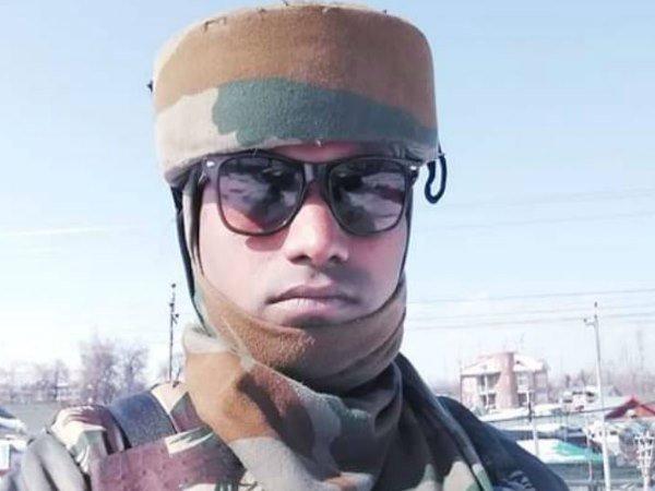 uttar pradesh, kanpur, pulwama, jammu and kashmir, CRPF, indian army, उत्तर प्रदेश, कानपुर, पुलवामा, सीाआरपीएफ, सीआरपीएफ जवान, भारतीय सेना, sirf sach, sirfsach.in, सिर्फ सच