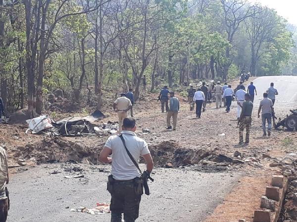 Naxal attack in Maharashtra: 16 जवानों की हत्या के लिए 30 किलो आईईडी, पढ़िए नक्सलियों ने कैसे रची हमले की साजिश