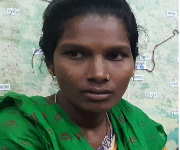 Chhattisgarh Naxal, Chhattisgarh Naxal Women, Naxal Women Surrender, DRG Danteshwari Fighters Team, DRG Fighters Team, Chhattisgarh Dantewada, sirf sach, sirfsach.in