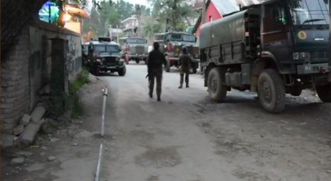 सुरक्षाबलों ने किया 3 आतंकियों का सफाया, एक जवान शहीद
