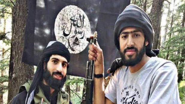 शोपियां में मारे गए इस्लामिक स्टेट के दो आतंकी, हथियार बरामद
