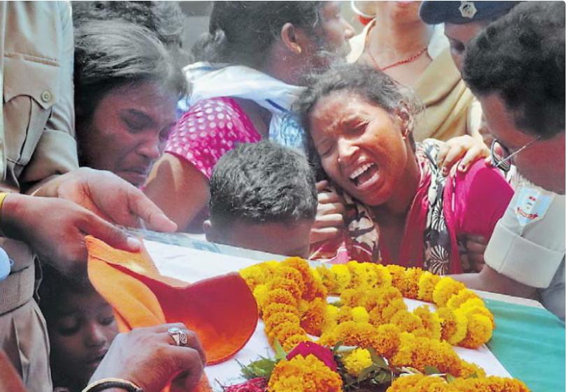 शहीद की मां ने कहा- अपने बेटों को पुलिस विभाग में भेजते रहेंगे