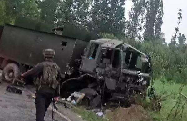 जम्मू कश्मीर: 24 घंटे में 3 आतंकी हमले, 2 जवान शहीद, कई जख्मी