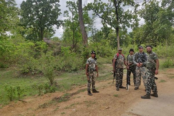 छत्तीसगढ़: बीजापुर नक्सली हमले में कर्नाटक का जवान शहीद