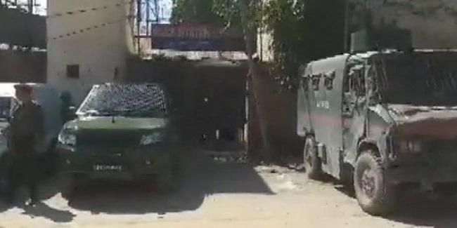 Jammu Kashmir, Terrorists, grenade, Sopore Police Station, police station sopore, sopore, sirf sach, sirfsach.in, सिर्फ सच