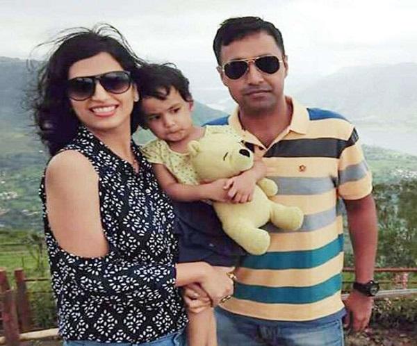 मेरठ के इस मेजर ने जम्मू कश्मीर में आतंकियों से लड़ते हुए दी शहादत, रोते हुए मां ने पूछा- मेरा शेर बेटा कहां गया?