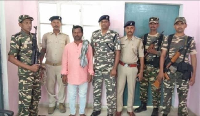 बिहार के गया से हार्डकोर नक्सली गिरफ्तार, कारतूस की चलती-फिरती फैक्ट्री था