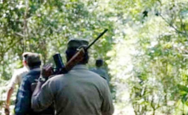 झारखंड: हजारीबाग और गुमला से 6 नक्सली गिरफ्तार