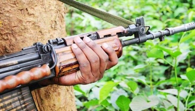 बिहार: वैशाली मुठभेड़ में घायल नक्सली पुलिस के हत्थे चढ़ा
