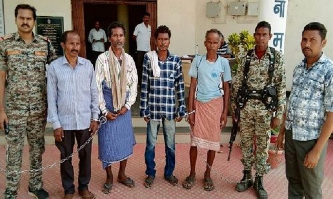 छत्तीसगढ़ के नक्सल प्रभावित बीजापुर से 4 नक्सली गिरफ्तार