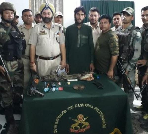 जम्मू-कश्मीर: डोडा जिले से लश्कर-ए-तैयबा का एक इनामी आतंकी गिरफ्तार