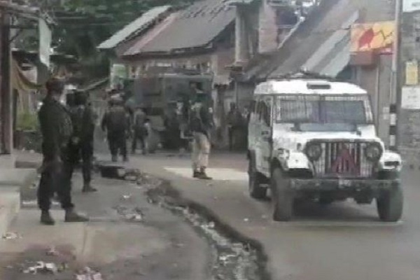 jammu Kashmir, Shopian Encounter, terrorist trapped , shopian, Encounter, Srinagar, sirf sach, sirfsach.in