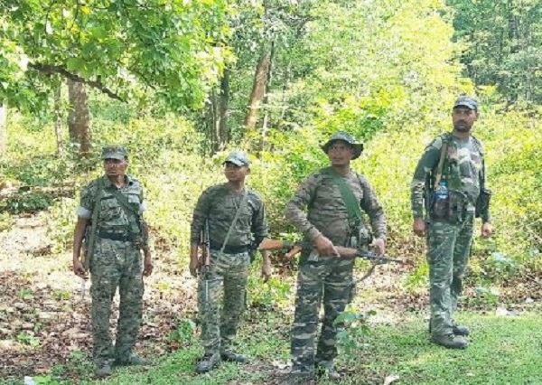 naxal, IED bombs, errabore area, chhattisgarh, CRPF detected IED Bombs in sukma, crpf, Central Reserve Police Force, sirf sach, sirfsach.in