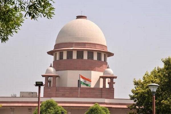 जम्मू-कश्मीर: विवाहेत्तर संबंध नहीं रहा अपराध, जानिए सुप्रीम कोर्ट ने क्या कहा…