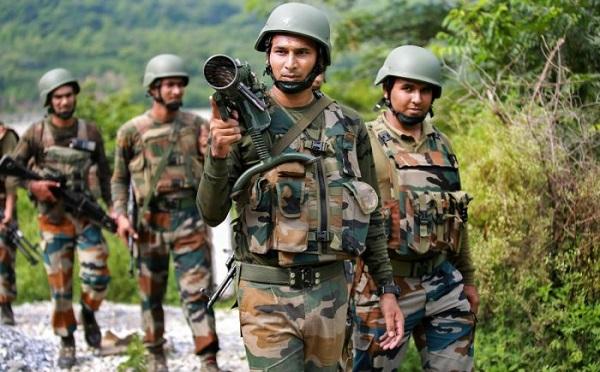 जम्मू कश्मीर: सोपोर में सुरक्षाबलों ने एक आतंकी को मार गिराया, मुठभेड़ में एक जवान जख्मी