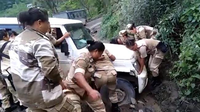 naga women, naga women battalion, viral news, viral video, sirf sach, sirfsach.in, anand mahindra, kiren rijiju