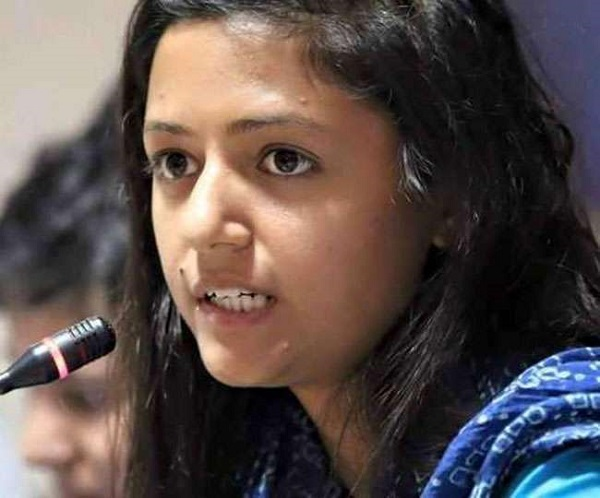Article 370: सरकार के फैसले के खिलाफ कोर्ट जाएंगी शेहला राशिद