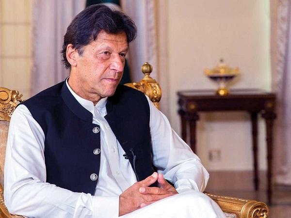 इमरान खान का झूठा दावा, सोशल मीडिया पर उड़ रहा मजाक