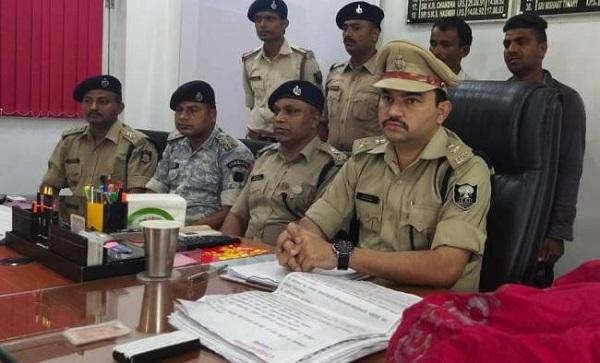 naxali, bihar, aurangabad, naxals arrested, crpf, stf, police, sirf sach, sirfsach.in