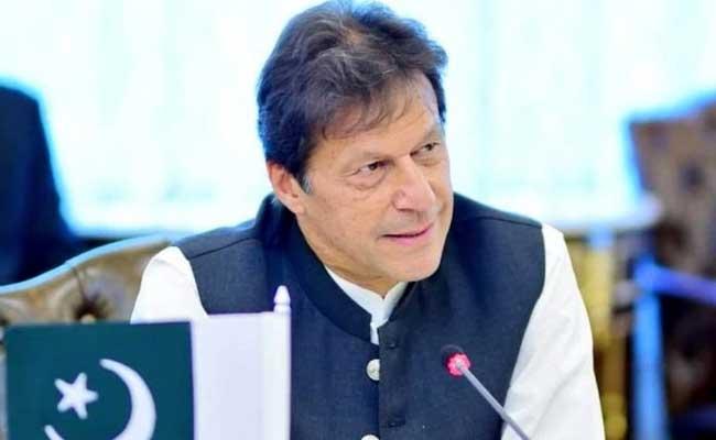 पाकिस्तान में विपक्षी पार्टियों ने कहा,  इमरान खान के विदेश दौरों पर लगे रोक
