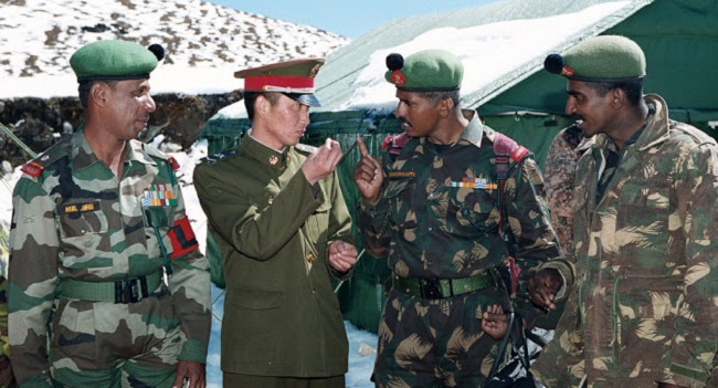 सीमा विवाद: चीन मानने को तैयार नहीं कि उसके सैनिक ही LAC पर पहले आगे बढ़े थे, दोनों देशों की बातचीत में यहीं फंसा पेच