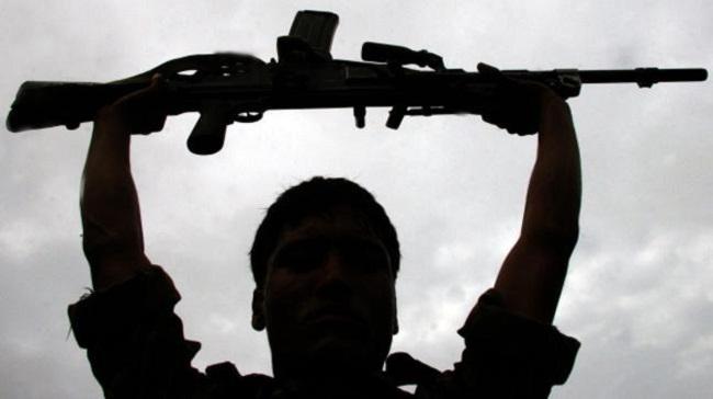 बिहार: मुजफ्फरपुर में खूंखार नक्सली ने आत्मसमर्पण किया, लखीसराय में दो पुलिस के हत्थे चढ़े