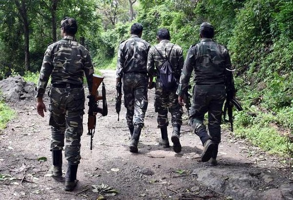 Encounter, Gadhchiroli, Naxals, Police force, Two naxals killed, encounter, security, forces, Maharashtra, sirf sach, sirfsach.in