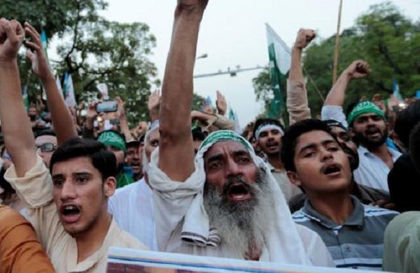 अमेरिकी अखबार का दावा, POK में आजादी की मांग बढ़ने के बाद पाकिस्तान ने तैनात की सेना