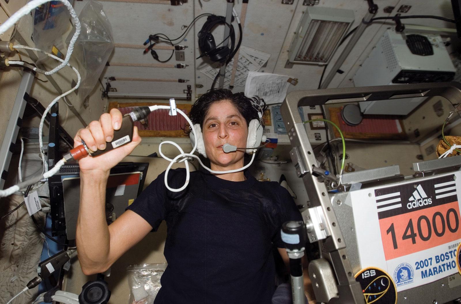 अंतरिक्ष में कारनामा करने वाली भारतीय मूल की उड़नपरी सुनीता