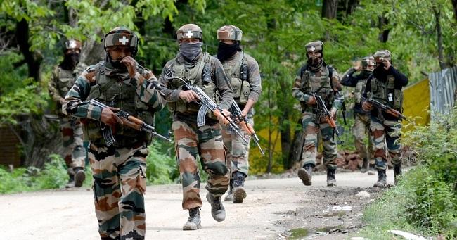 Indian Army को पहली बार भेजी गई देश में बनी बुलेटप्रूफ जैकेट