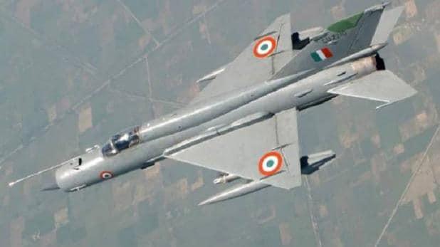 Air Force Day पर आसमान में गरजे भारतीय फाइटर जेट, विंग कमांडर अभिनंदन ने दिखाया दम