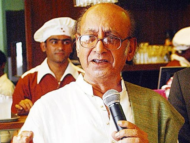 जब निदा फाजली ने अमिताभ बच्चन की तुलना आतंकी अजमल कसाब से की