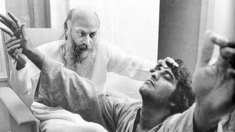 """स्टारडम छोड़ संन्यासी बन गए थे हिंदी सिनेमा के """"अमर"""""""