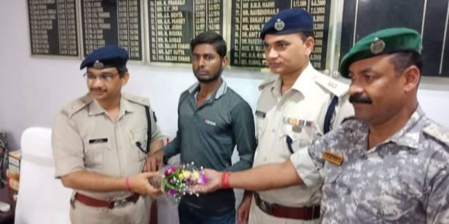 बिहार: गया में नक्सली ने किया सरेंडर, रोंगटे खड़े कर देने वाला है नक्सली संगठनों का सच