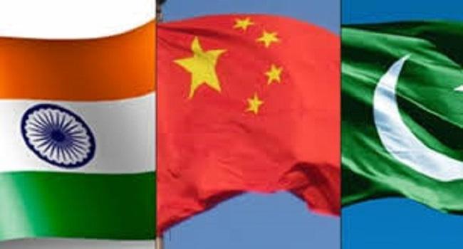 हर मुद्दे पर टांग अड़ाने से बाज नहीं आ रहा China, भारत ने सुनाई खरी-खोटी