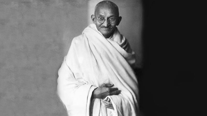 राष्ट्रपिता महात्मा गांधी के अहिंसा से बचेगी दुनिया