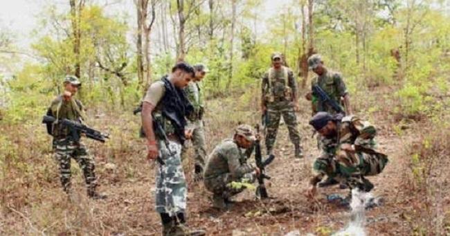 छत्तीसगढ़: बीजापुर में नक्सलियों की बड़ी साजिश नाकाम, सुरक्षाबलों ने तीन IED बरामद किया