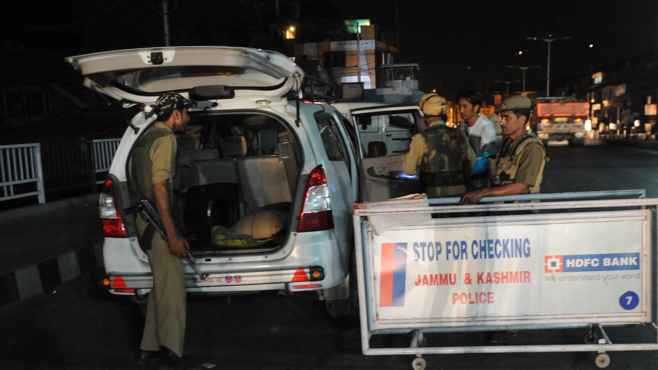 राष्ट्रपति डोनल्ड ट्रंप की भारत यात्रा को लेकर जम्मू-कश्मीर में सुरक्षा के कड़े इंतजाम
