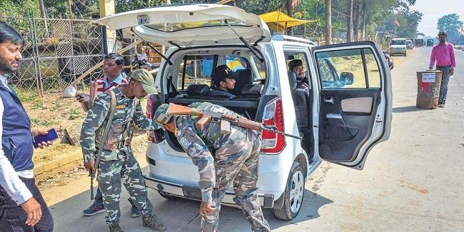 झारखंड: विधानसभा चुनाव के दूसरे चरण में नक्सली कर सकते हैं गड़बड़ी, पुलिस चौकन्नी