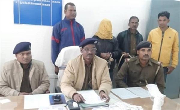झारखंड: लोहरदगा से हार्डकोर PLFI नक्सली धराया, असलहा और विस्फोटक बरामद