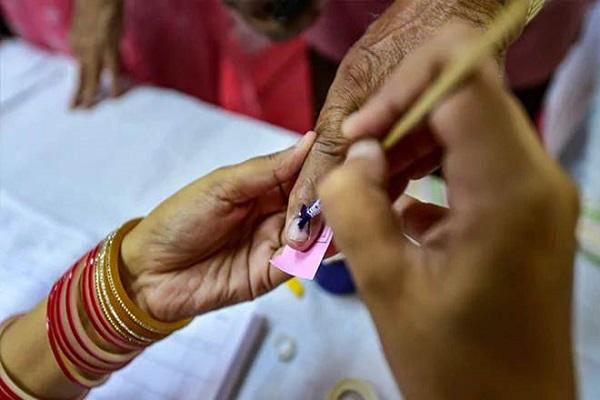 Bihar Election Dates 2020: चुनाव आयोग ने किया तारीखों का ऐलान, नक्सल प्रभावित क्षेत्रों के लिए विशेष नियम