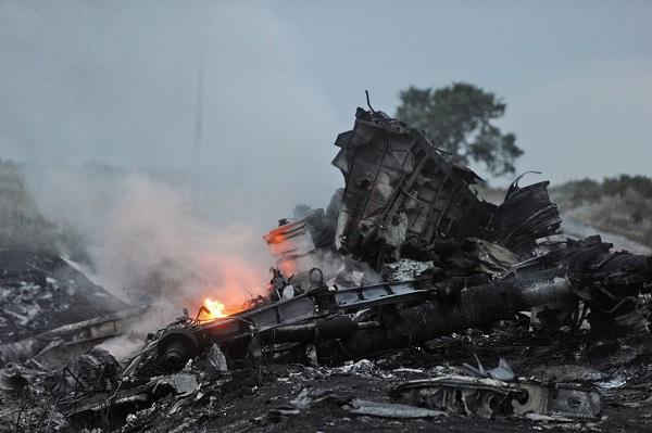 एयर इंडिया के प्लेन क्रैश में मरे थे 356 लोग, यह हैं अब तक की 10 सबसे भयानक विमान दुर्घटनाएं