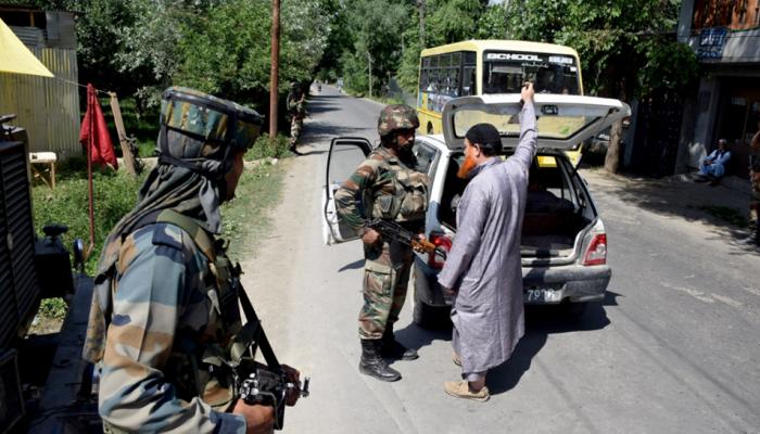 घाटी में आतंकी घटना से निपटने के लिए सुरक्षा बल हाई अलर्ट पर, 26 जनवरी पर हमले की आशंका