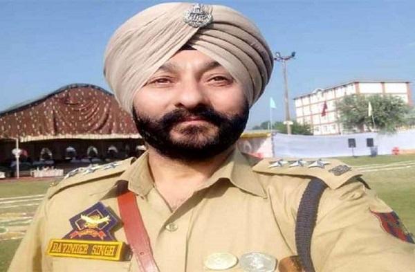 NIA को सौंपी गई हिज्बुल आतंकियों के साथ पकड़े गए DSP दविंदर सिंह मामले की जांच